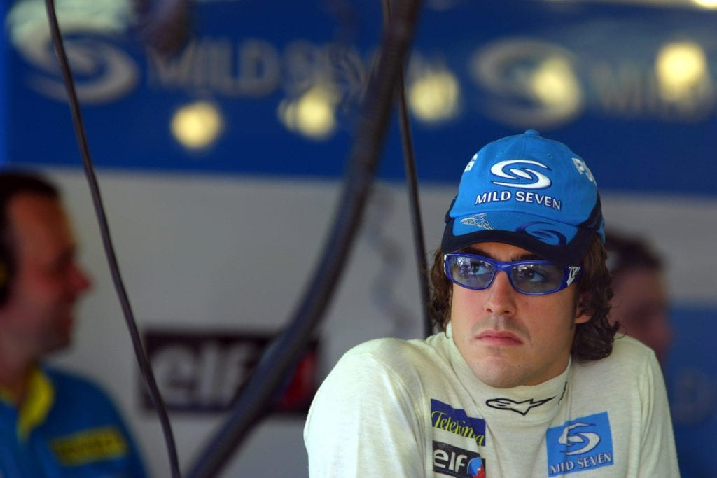 Effortless glamour from Fernando and his tinted shades at the 2005 Monaco GP © XPB Images