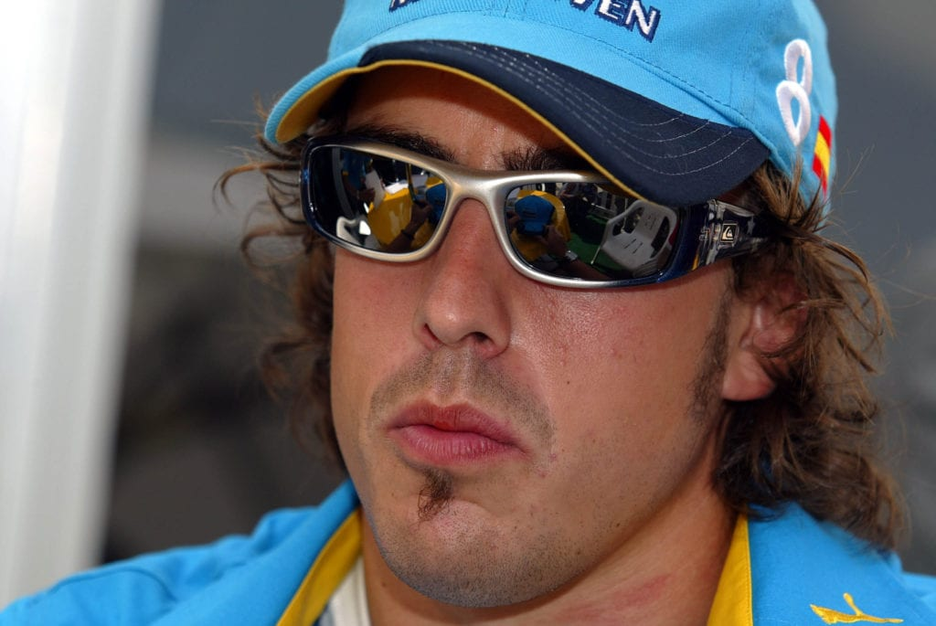 Alonso opting for some interesting facial hair choices at Malaysia in 2004 © XPB