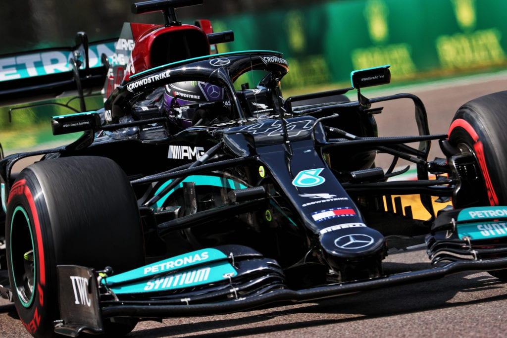 Hamilton Takes Stunning Pole In Mind-Blowing Imola Qualifying